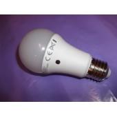 Bec led senzor crepuscular 9W